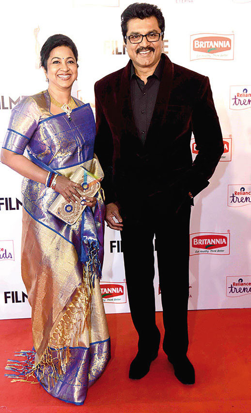 Sarathkumar with Raadhika at 62nd Britannia Filmfare South Awards 2014. Courtesy Wikimedia Commons.